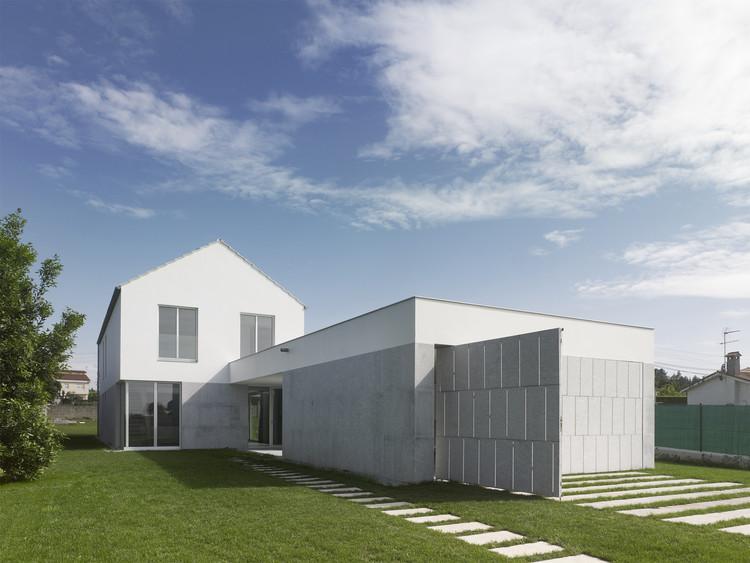 House in Coiros / Bals Arquitectos, ©  Héctor Santos-Díez