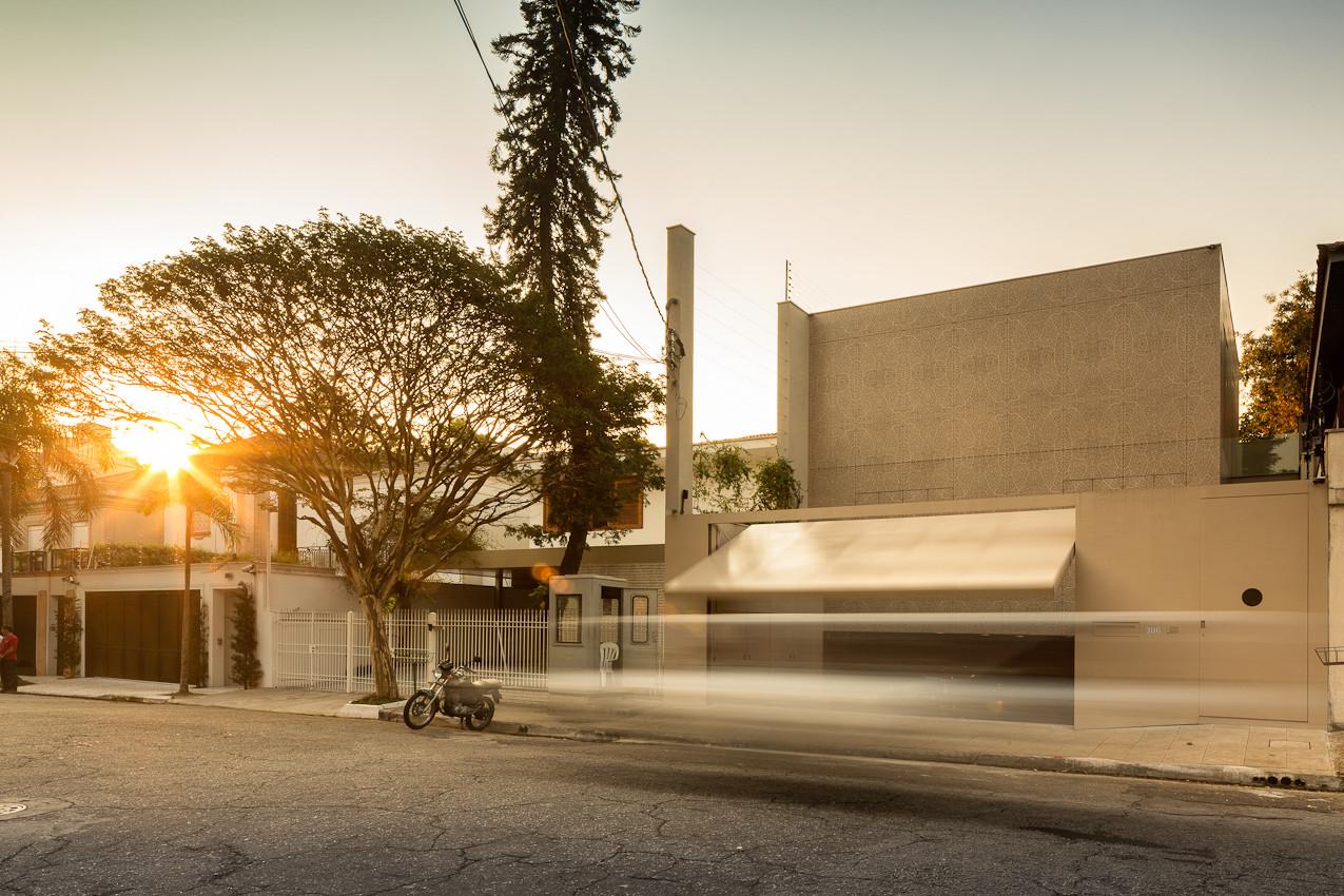 K House / Studio Arthur Casas, © FG+SG - Fernando Guerra, Sergio Guerra