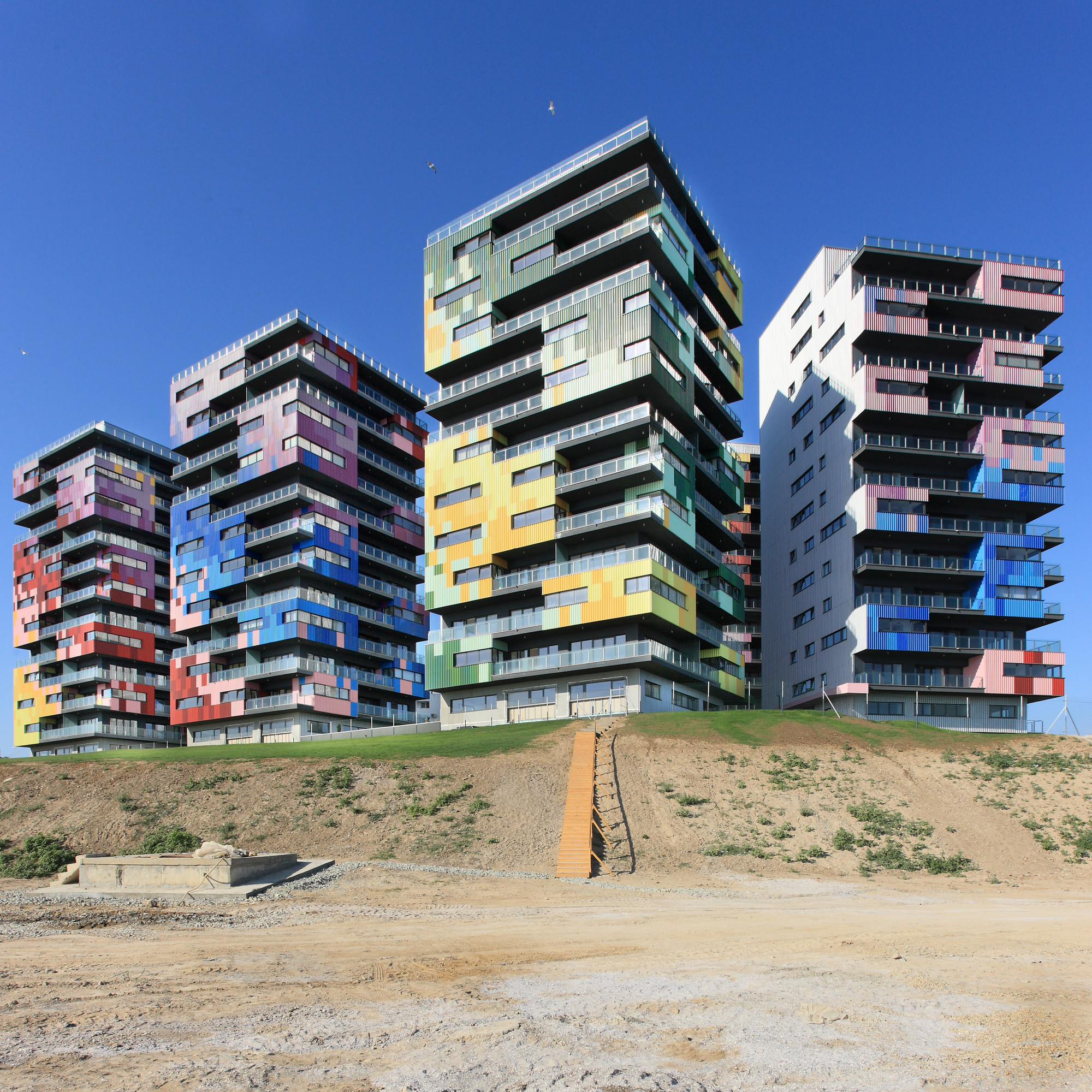 Spectrum Residential Ensemble / Re-Act Now, © Andrei Margulescu