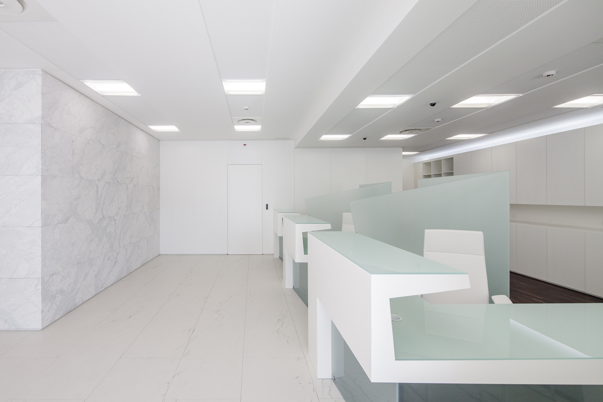 Banking Branch in Colmeias / 2LAtelier Arquitectos