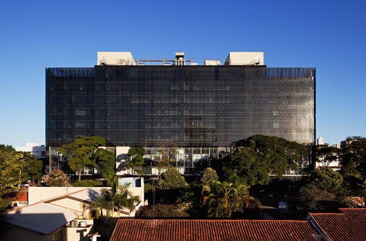 Tribunal Regional do Trabalho / Corsi Hirano Arquitetos + R. Nishimura, ©  Nelson Kon