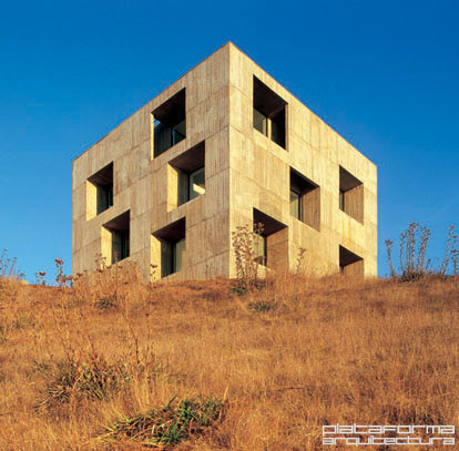 Casa Poli / Pezo von Ellrichshausen, © Cristobal Palma / Estudio Palma