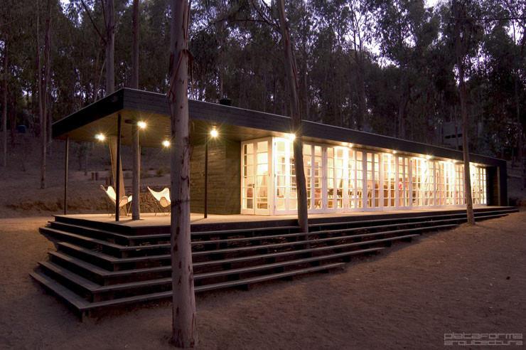 Casa del bosque f3 arquitectos plataforma arquitectura for Casa minimalista bosque