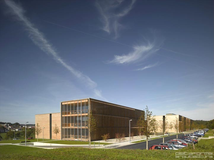 Extensión de la Universidad de Ciencias Aplicadas de Aalen / MGF Architekten, © Christian Richters