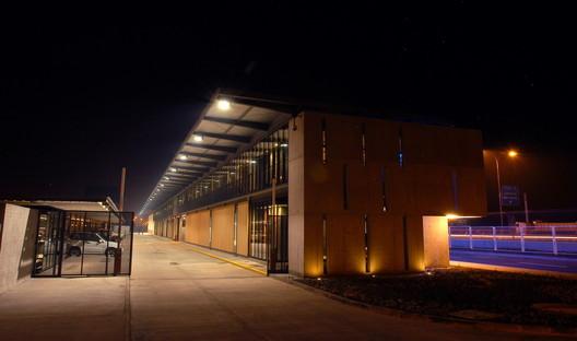 Centro de Atención de Emergencias Sur / +arquitectos