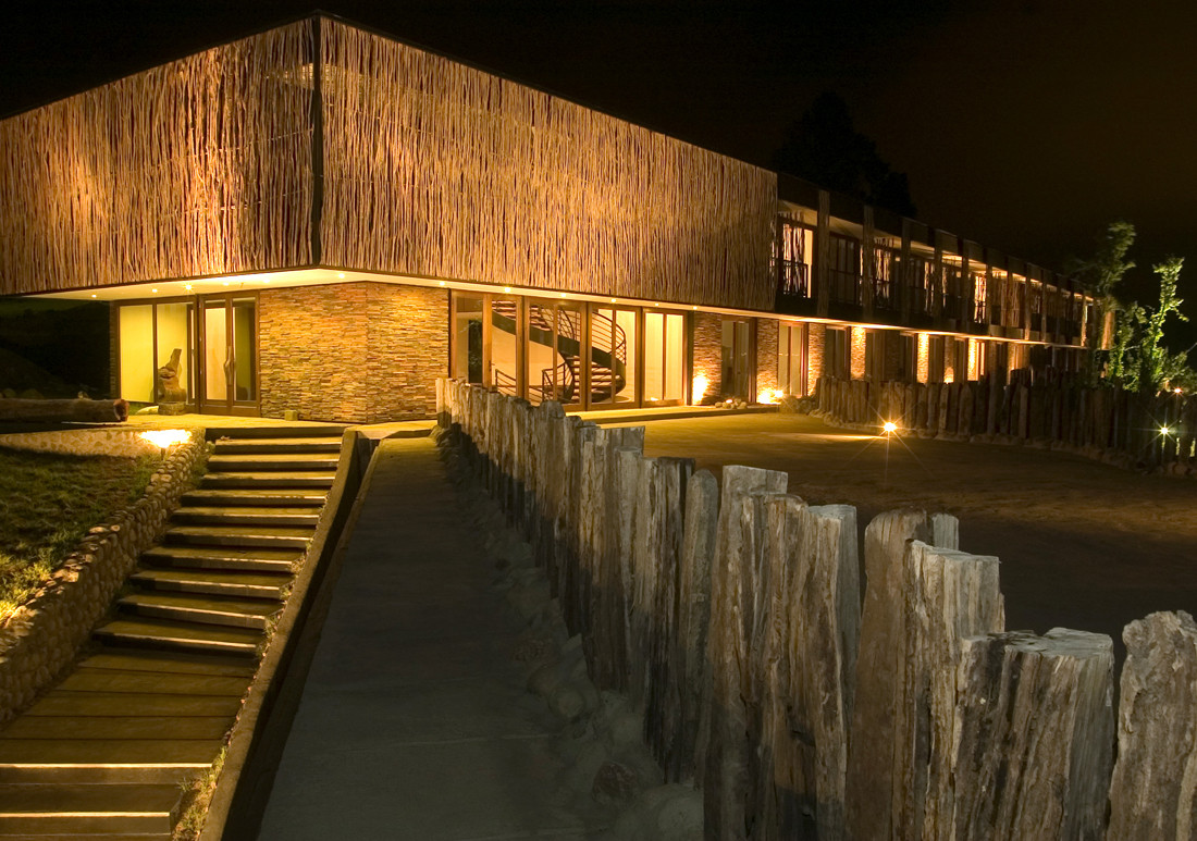 Hotel arrebol patagonia harald opitz plataforma for Arquitectura de hoteles