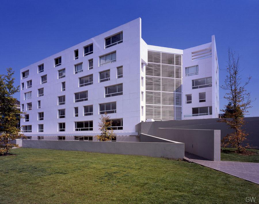 Edificio de oficinas Vanguardia / Gonzalo Mardones V, © Guy Wenborne (GW)