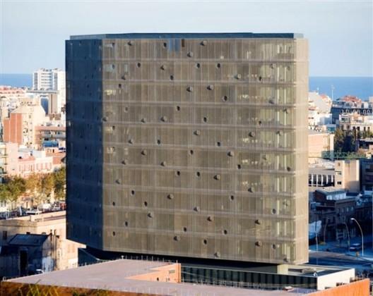 Edificio Corporativo Indra /  + R&AS + b720, © Rafael Vargas