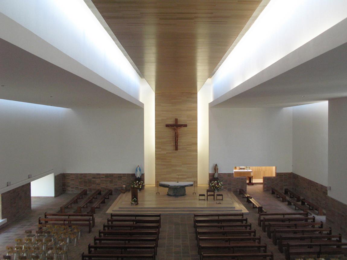 Galer a de parroquia san gabriel estudio valdes - Estudio 3 arquitectos ...