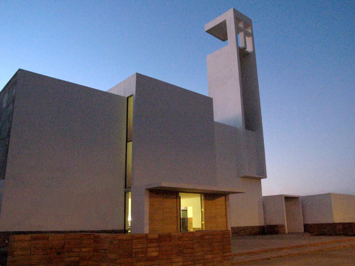 parroquia san gabriel estudio valdes arquitectos