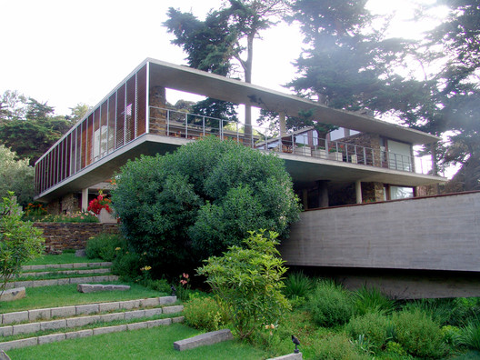 Casa 21x21 / FG Arquitectos