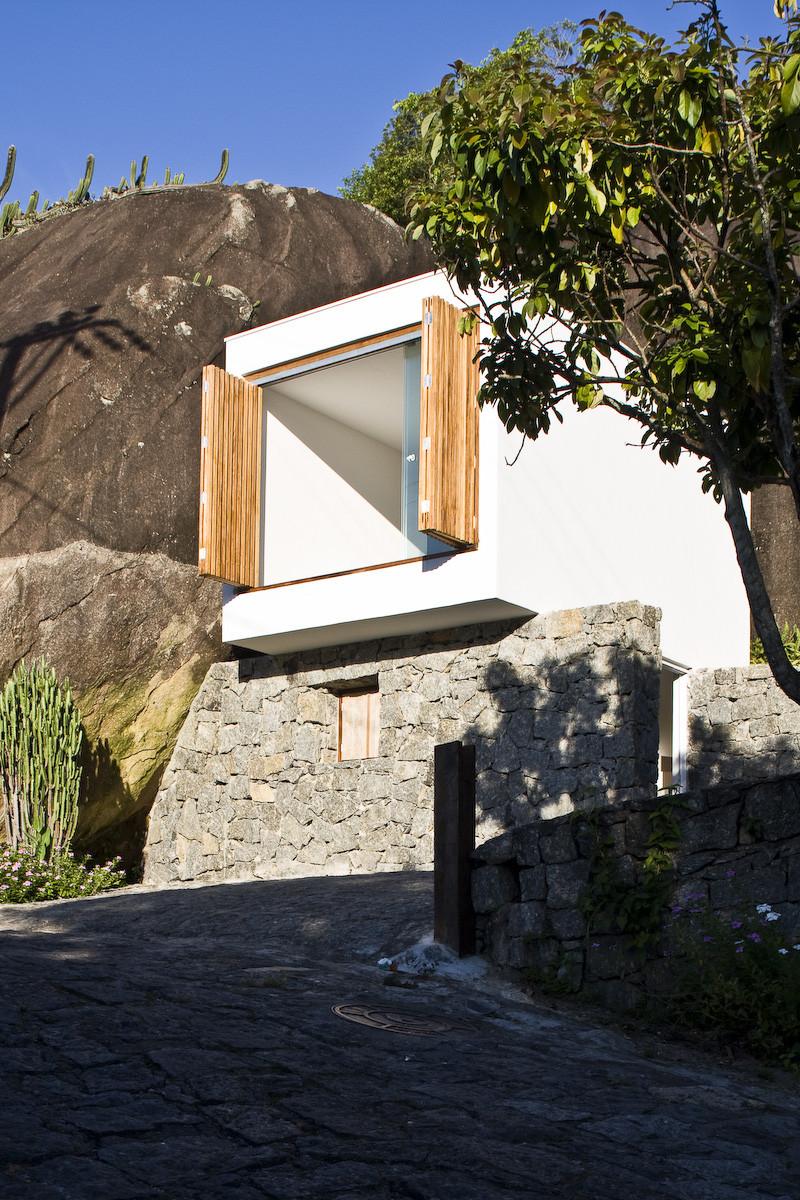 Casa Box / Alan Chu & Cristiano Kato