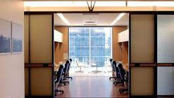 Oficinas Tironi Asociados / OWAR Arquitectos