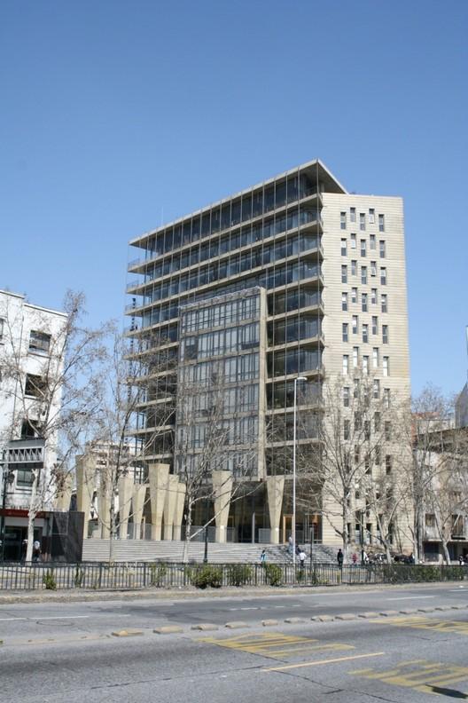 Edificio Patio Alameda / Baixas del Rio Arquitectos