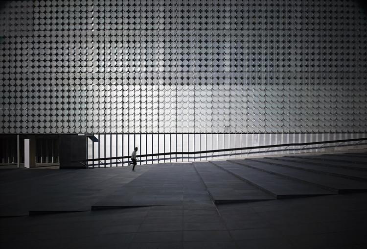 RMIT Design Hub / Sean Godsell, © Earl Carter