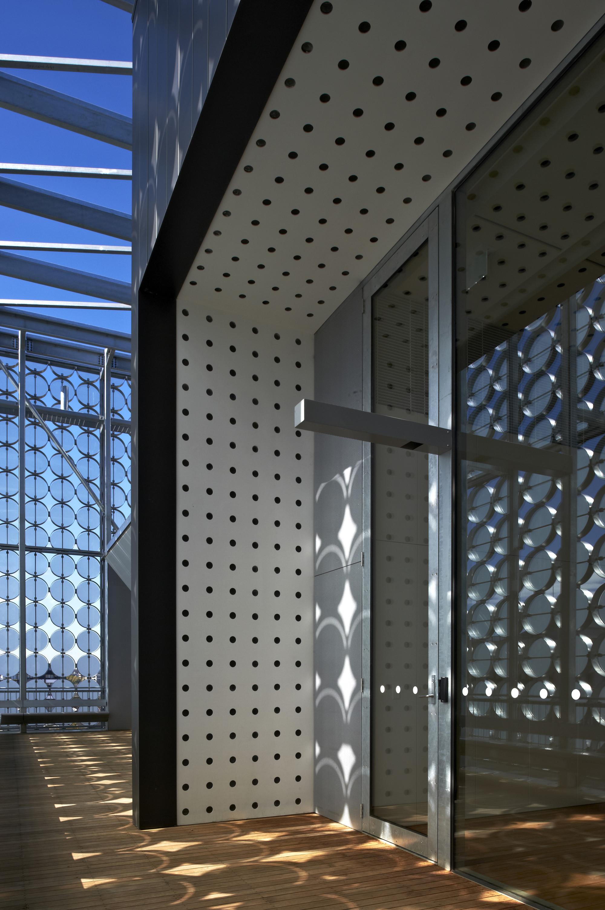 RMIT Design Hub / Sean Godsell