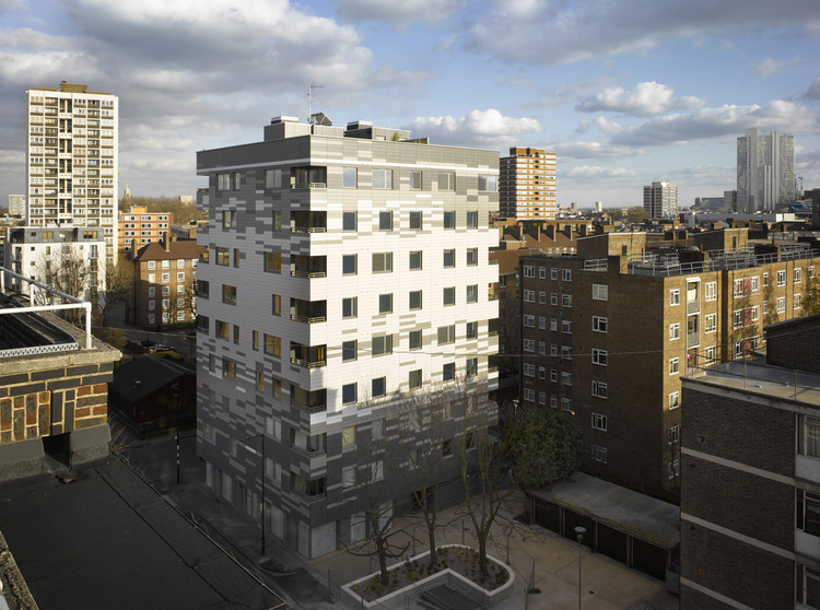 Stadthaus, 24 Murray Grove - Waugh Thistleton Architects / Waugh Thistleton Architects, © Will Pryce