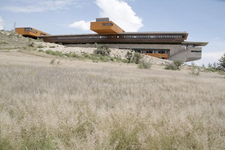 Rancho Tequisquiapan UNAM / Isaac Broid, © Jorge del Olmo