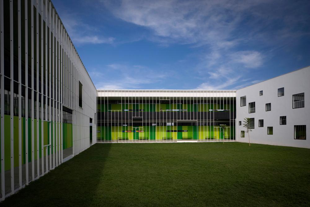 San sebasti n school tidy arquitectos archdaily - Escuela superior de arquitectura de san sebastian ...