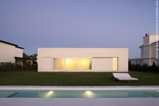 Casa Patio FR / Estudio Aire, © ESTUDIO AIRE
