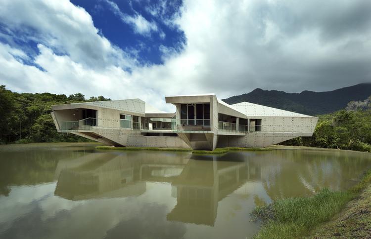 Stamp House / Charles Wright Architects, © Patrick Bingham Hall