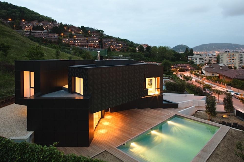 Casa Q / asensio_mah  + J.M.Aguirre Aldaz, © Ricardo Loureiro