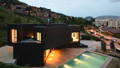 Casa Q / asensio_mah  + J.M.Aguirre Aldaz