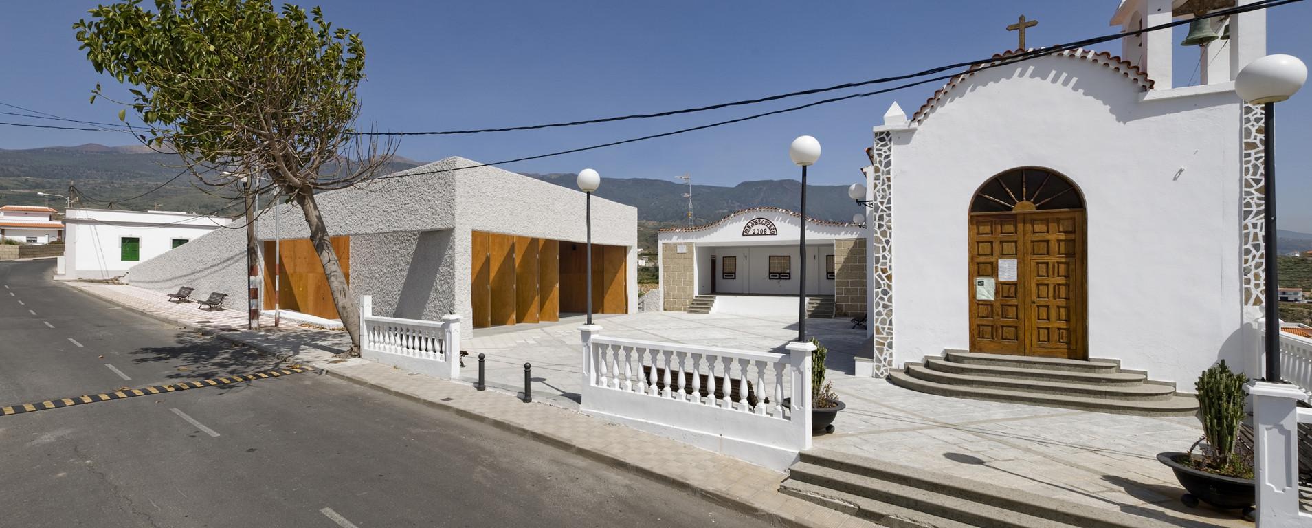 Centro Comunitario La Cisnera / gpy arquitectos, © Joaquín Ponce de León