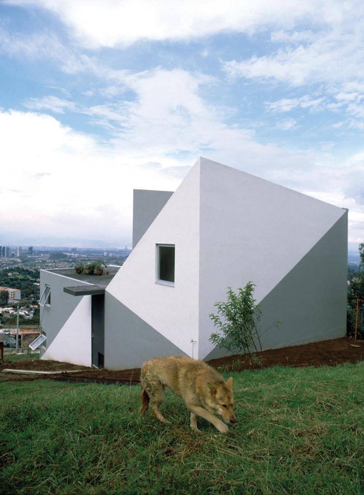 Casa en el Desierto Los Leones / Dellekamp Arquitectos, Cortesía de Dellekamp arquitectos