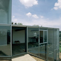 Casa en el desierto los leones dellekamp arquitectos - Muebles los leones valencia ...