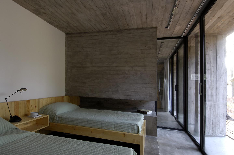 Casa de hormigon bak arquitectos plataforma arquitectura - Casas de madera y hormigon ...