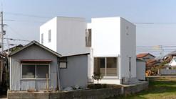 Casa Usuki / Architect Associates Tonoma