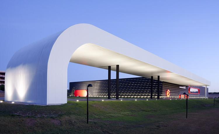 Centro de Diseño y Fabricación de coches de carreras EPSILON EUSKADI / ACXT, © Francisco Berreteaga