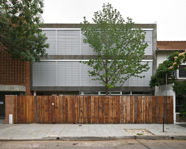 Casa en Acasusso / Ignacio Montaldo Arquitectos, © Albano García