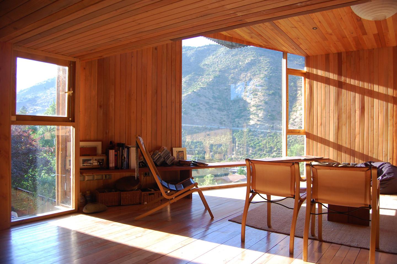 Galer a de casa en el cerro pochoco carre o sartori for Casas segundo piso de madera