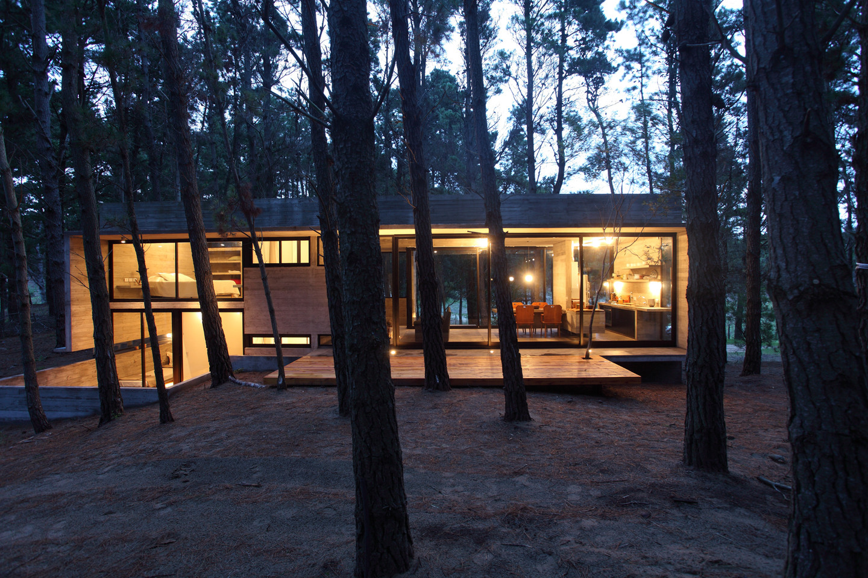 Galer a de casa cher bak arquitectos bak architects 18 - Casitas en el bosque ...