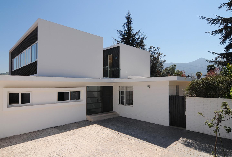 Casa Martinica - Mas y Fernandez Arquitectos / Mas y Fernandez Arquitectos, © Marcos Mendizabal