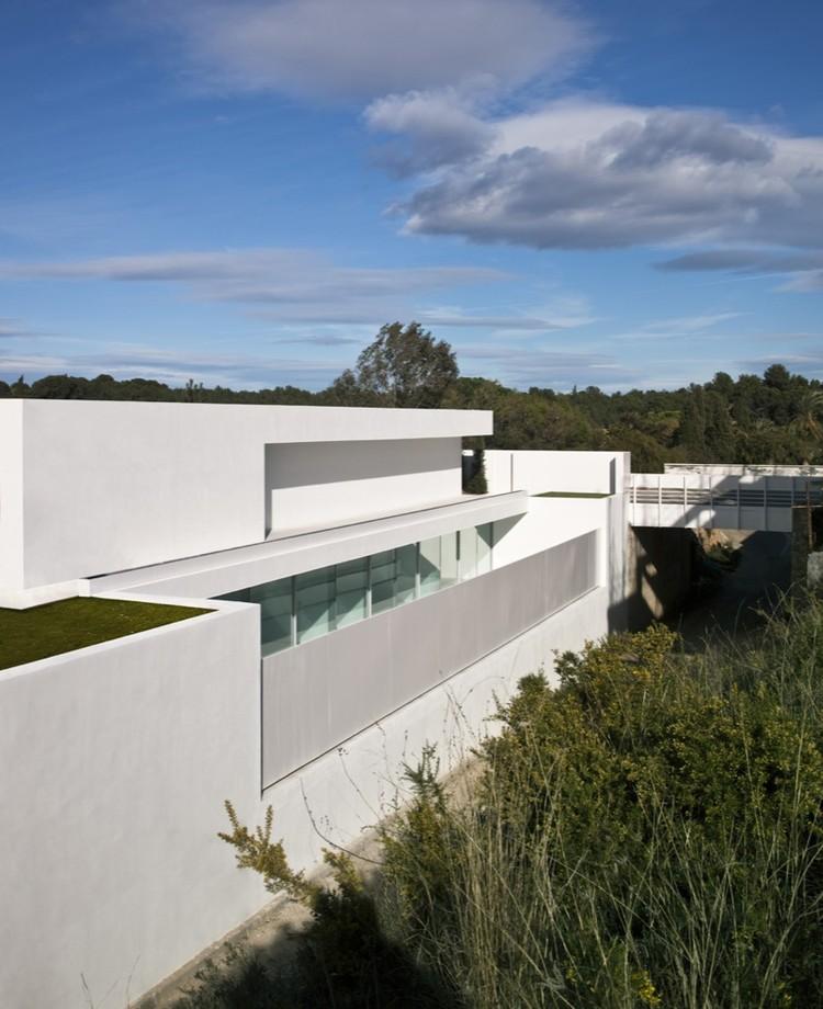 Casa del Atrio / Fran Silvestre Arquitectos, © Fernando Alda