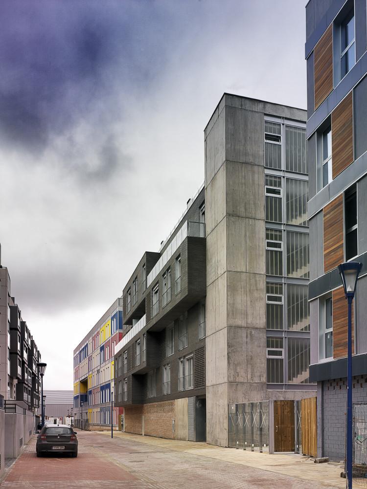 Viviendas r1d a3gm arquitectos plataforma arquitectura - Arquitectos de granada ...