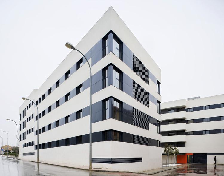 Edificio de 44 Viviendas VPA / Magén Arquitectos, © Jesús Granada
