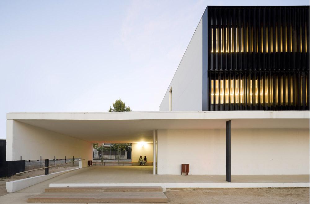 Instituto Els Gorgs, Cerdanyola del Valles / BAAS, Jordi Badia, © Pedro Pegenaute