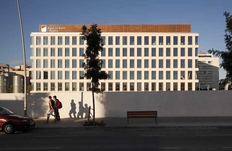 Edificio del Banco de Sangre y Tejidos de Catalunya / SaAS, Sabaté associats, © SaAS, Sabaté associats