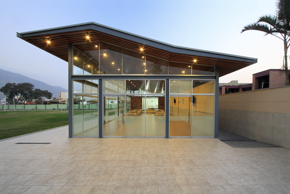 Proyecto Sala de Usos Múltiples Colegio Privado Pió XI / Laboratorio Urbano de Lima + Carmen Rivas Lombardi, Cortesia de Laboratorio Urbano de Lima + Carmen Rivas Lombardi