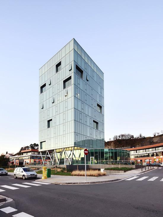 Torre de Zaisa / Hoz Fontan Arquitectos, © Jose Hevia