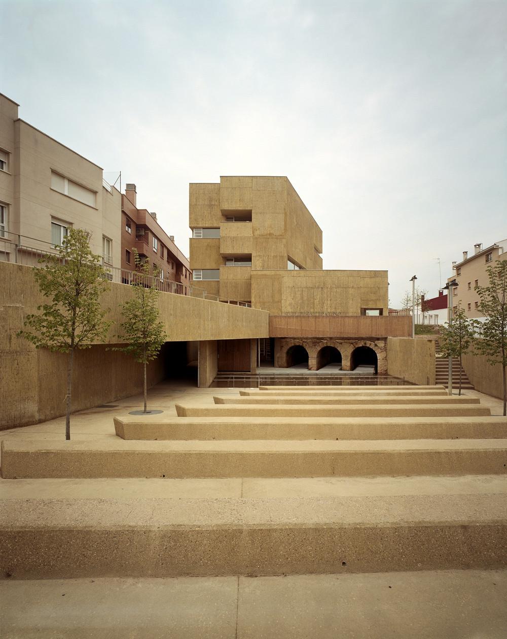 """Centro Cultural """"El Molino"""" / Alday Jover Arquitectura y Paisaje, © Jordi Bernardo"""