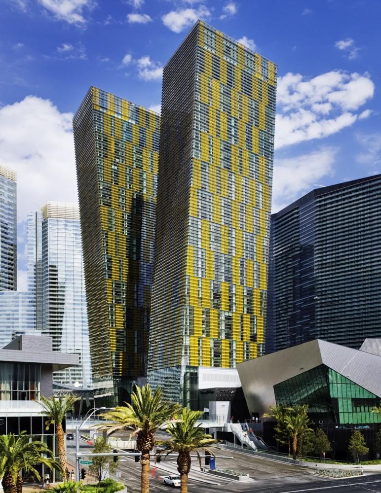 Veer Towers / Murphy Jahn, © Rainer Viertlboeck