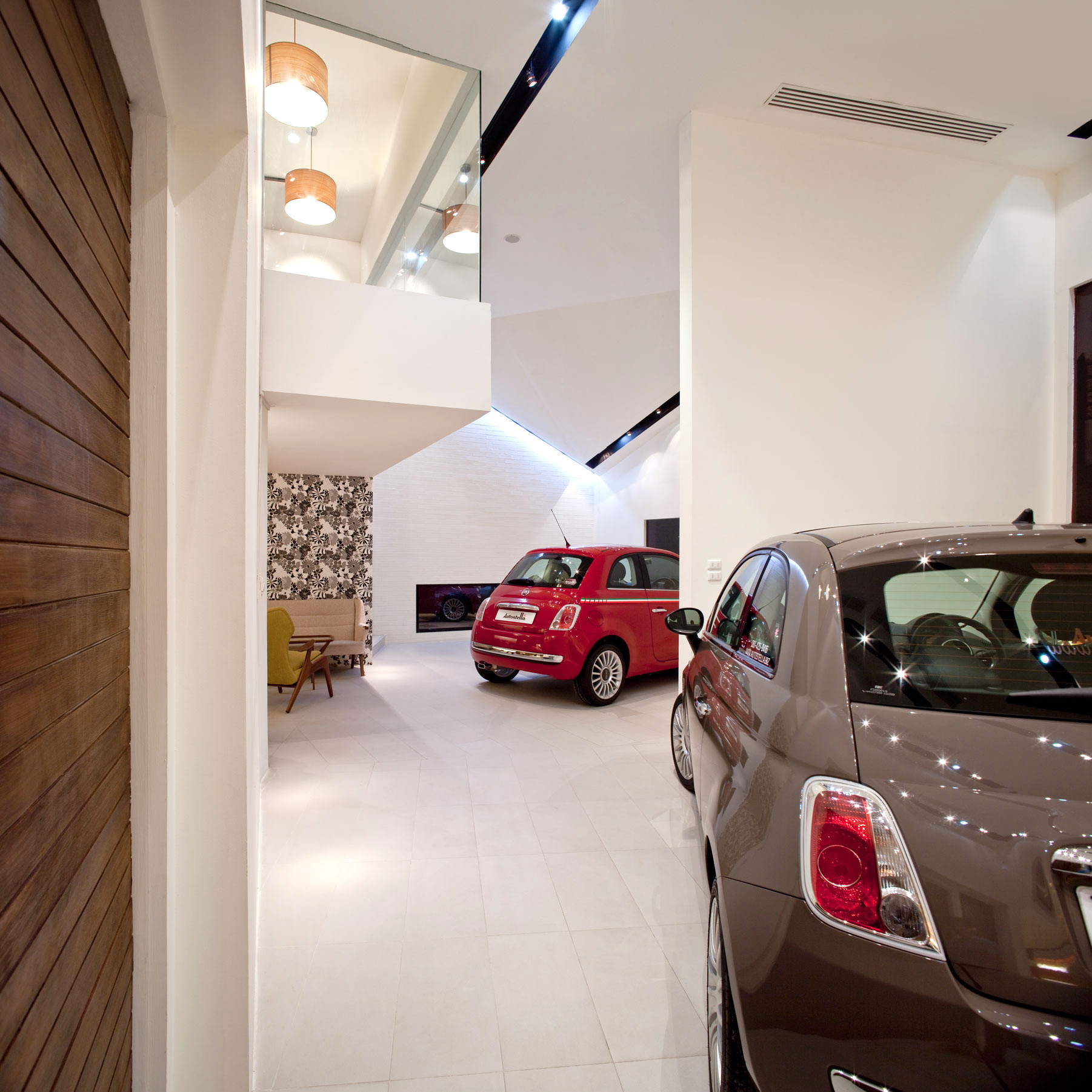 Showroom de autostella supermachine studio plataforma for Car showroom exterior design
