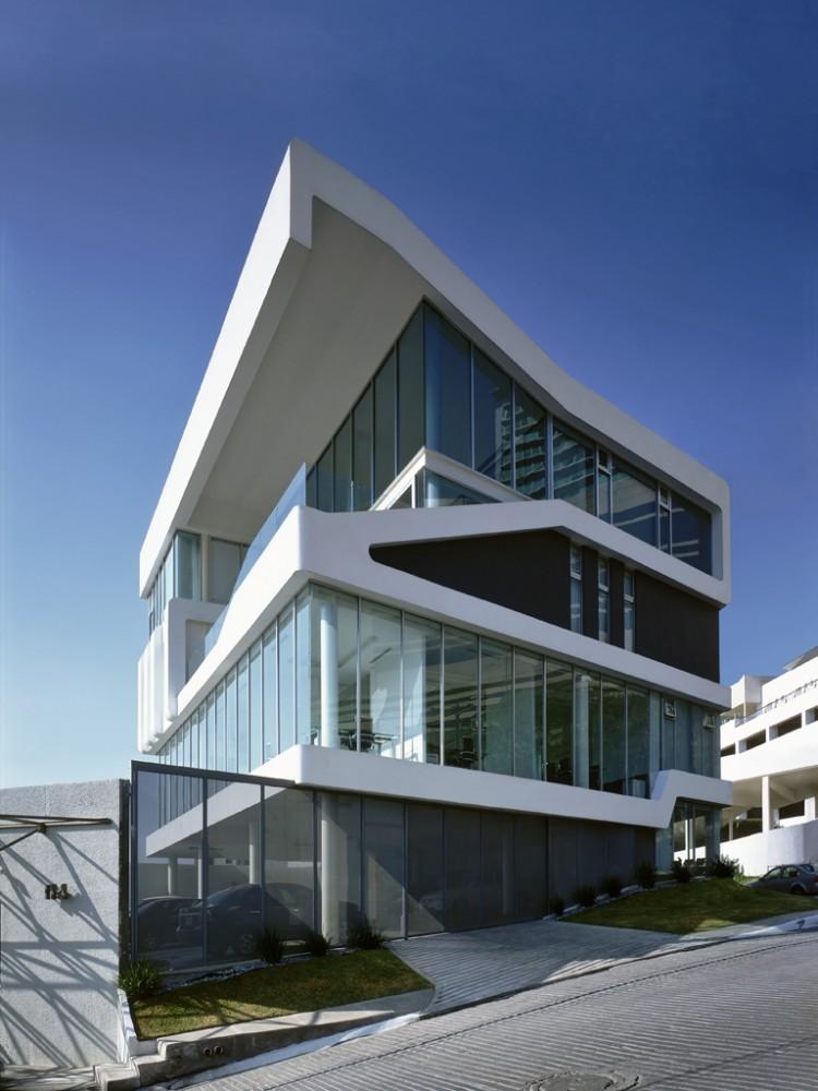 Smooth Building / Jorge Hernández de la Garza, © Paul Czitrom