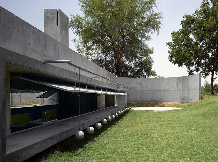 Casa con Pelotas / Matharoo Associates, © Edmund Summer