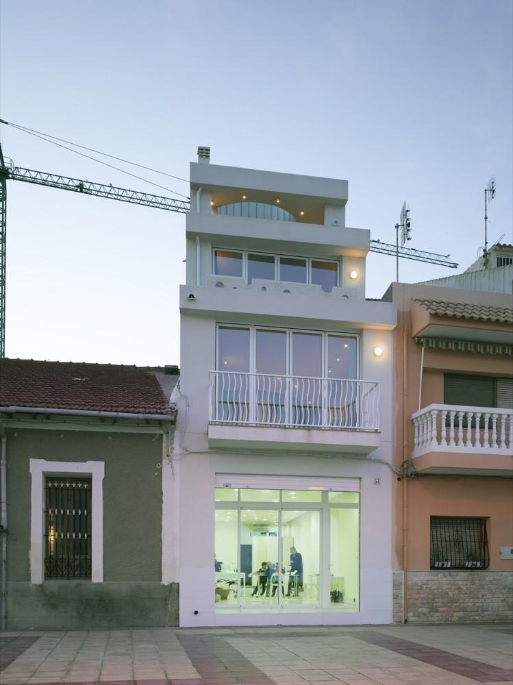 Edificio Sinuoso / Momo Estudio, © David Frutos